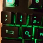 Die K300 Gaming Tastatur beleuchtet in grün