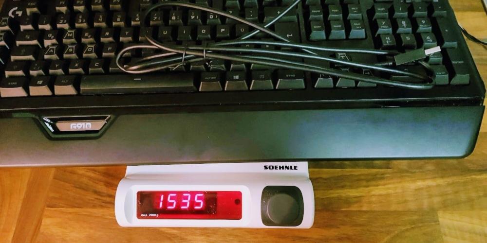 LogitechG910 Gewicht mit Kabel (2)