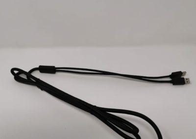 Gesleevtes-USB-Kabel-compressor