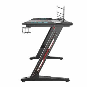 Schreibtisch mit Z-Form